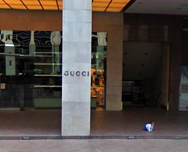 640-Gucci_baby_store-GoogleStreetView