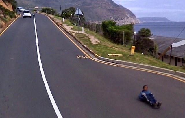 640-skateboard_layback_GoogleStreetView