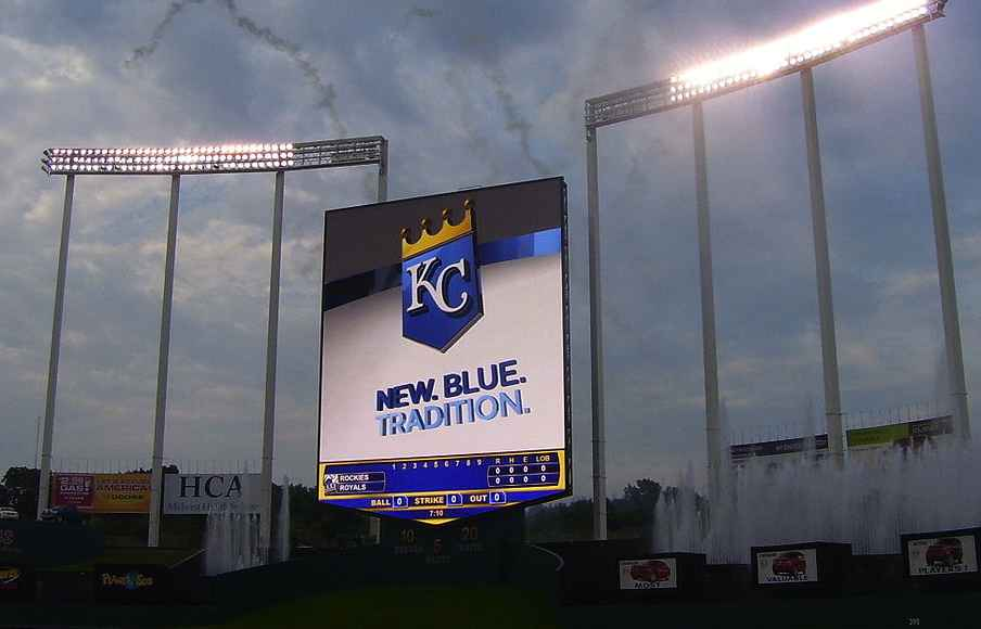 KC-Royals-stadium-sign-Conman33-CC