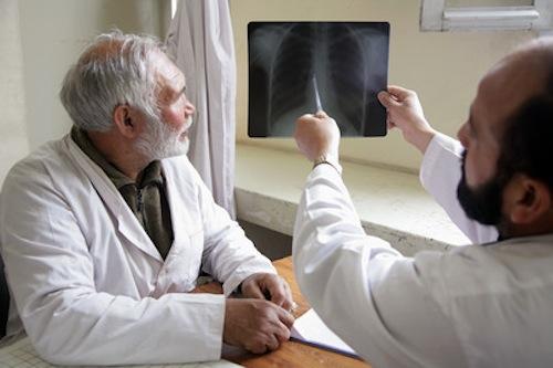 Pakistani-doctors-UN Photo-by-Fardin_Waezi