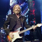 TomPetty-2010-onstage-CC-Elvis Kennedy