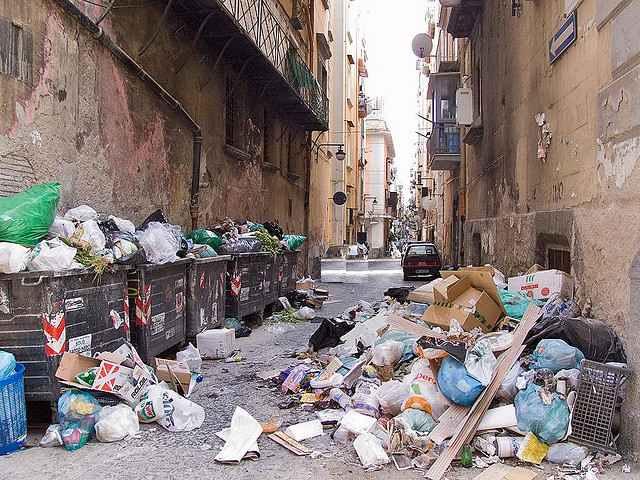garbage-piles-in-street-CC-chris-john-beckett