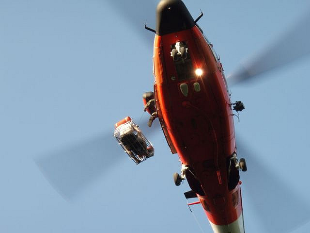 helicopter-rescue-CC-Coast_Guard_News