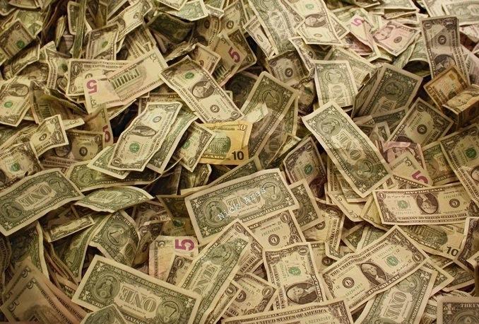 money-pile-cc-Nick_Ares