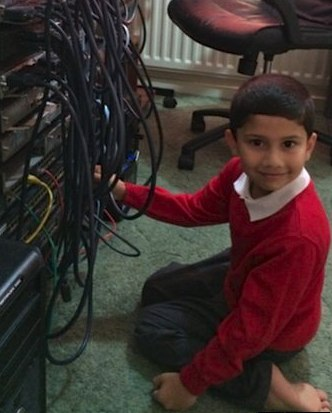 Ayan Quresh youngest computer tech-familyphoto