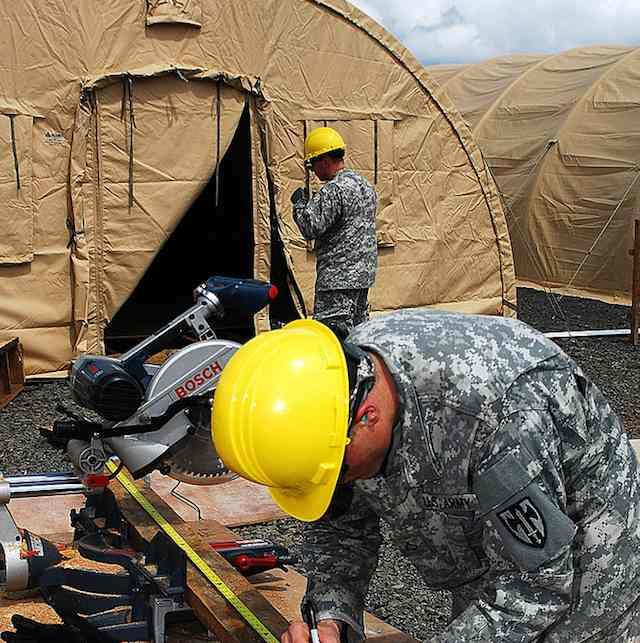 Military-help-with-hospital-Monrovia-Liberia-DODphoto