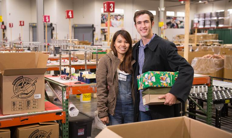 Tyrel and Joana Wolfe-SamaritansPurse-shoeboxes