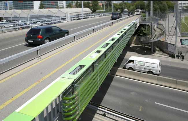 algae-biofuel-highway-CloudCollective