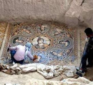 nine-muses-mosaic-Greek-Reporter