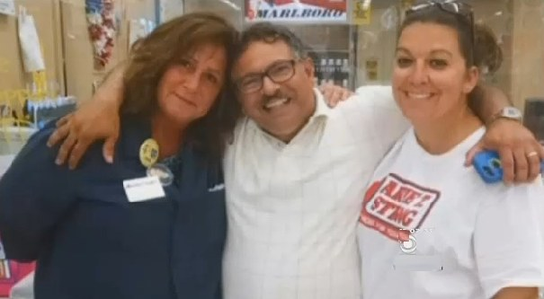 Jen Gelvez-with-boss-MarketBasket-familyphoto