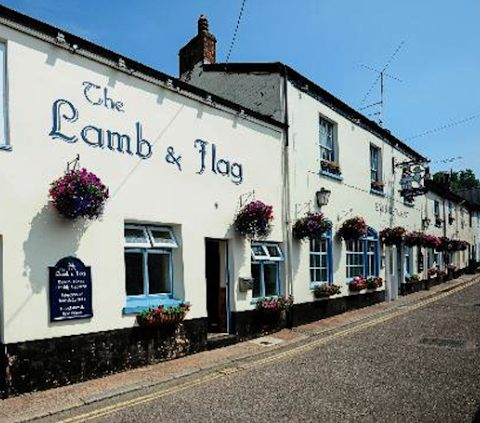 Lamb-and-flag-pub-in Devon