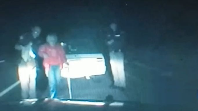 police-video-traffic-stop-night-elderly-help