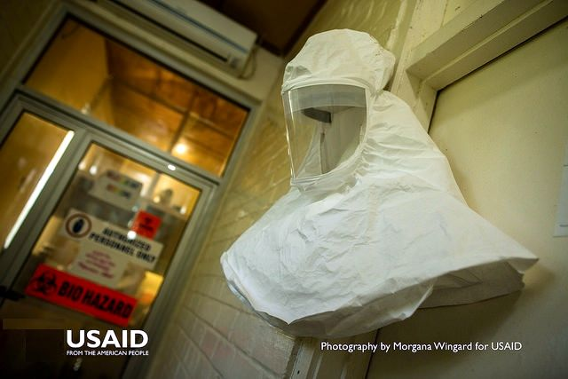 Ebola Suit-Liberia-USAID-CC-MorganaWingard-adjusted