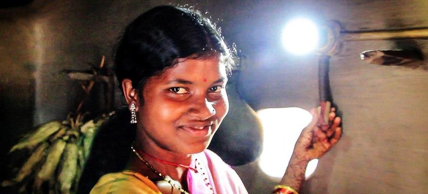 Solar-light-in-India-MlindaFoundationPhoto