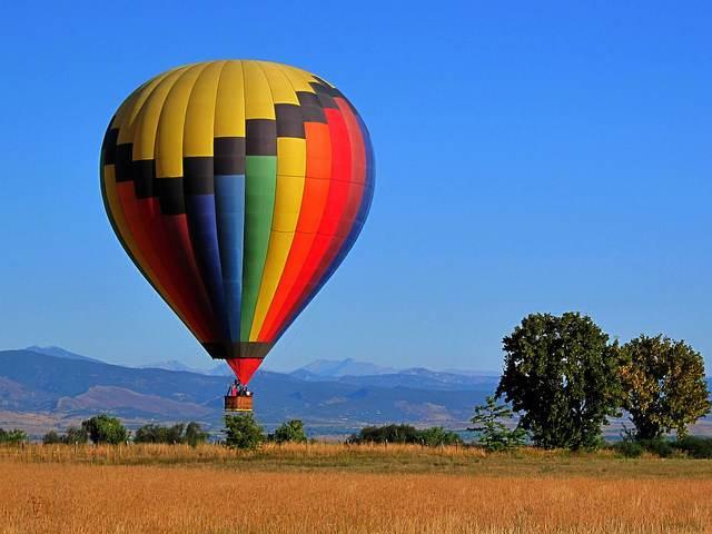 Balloon-landing-Colorado-CC-LetIdeasCompete