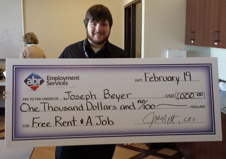 Joseph-Beyer-giant-check-for-1000-submitted