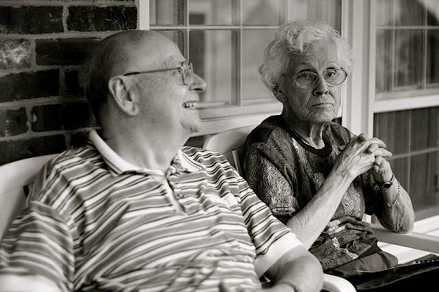 alzheimers-with elderly spouse-CC-elaine_faith