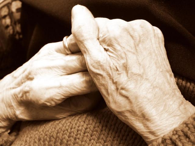 ElderlyHands_CC_Kariobinja_Foter