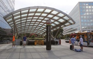 L'Enfant_Plaza_DC Metro station-cc-Shujenchang