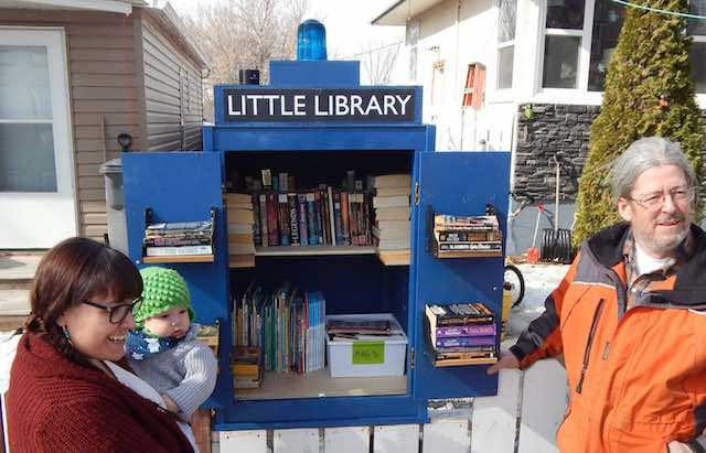TARDIS mini library-Sarah Cochrane-FB