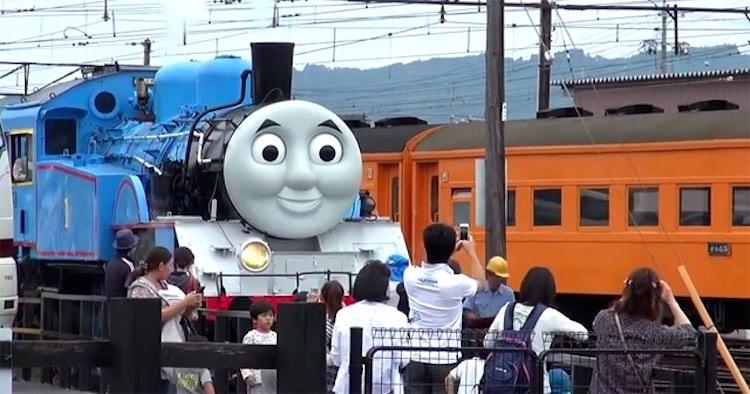 thomas-tank-life-sized-engine-YouTube-750px