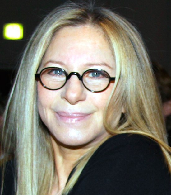 Barbra_Streisand_at_Health_Matters_Conference-550px