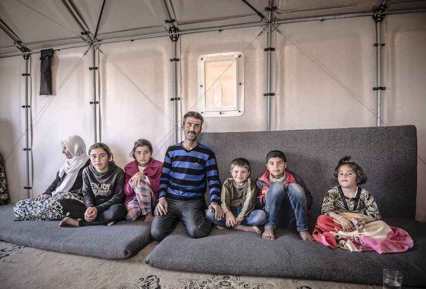 For years millions of families seeking shelter from war and other turmoil have had to live in refugee tents made of little more than tarps thrown over ...  sc 1 st  Good News Network & IKEA to Upgrade 10000 Refugee Familyu0027s Tents to Modular Solar ...