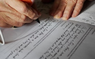 elderly hands writing-326px-DOPASolution