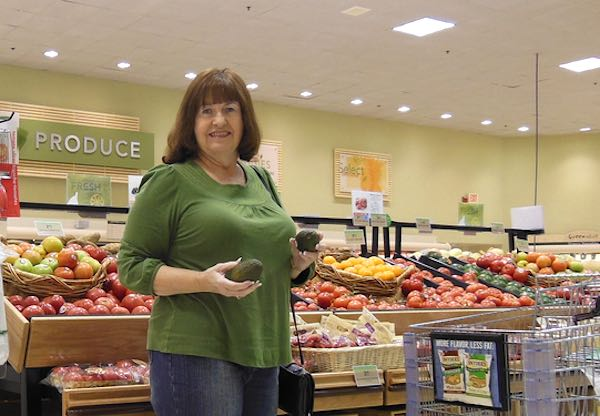 grocery-produce-shopper-CC-Old Shoe Woman