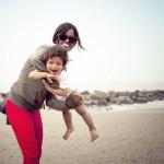 mother child on beach-cc-Philippe Put-CC