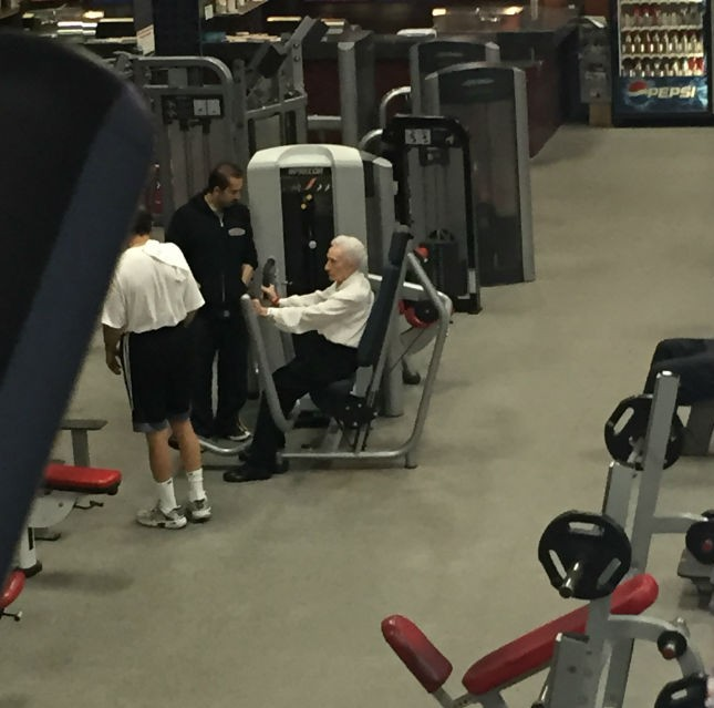 Old Lady Gym Helainas iPhone