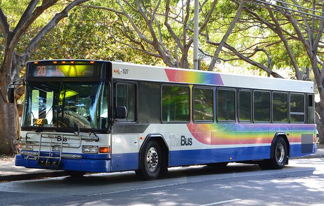 Honolulu city bus Simon_sees cc
