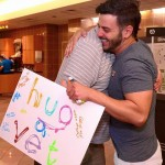 Hug a Vet sign-HumanProjectHugs-FB