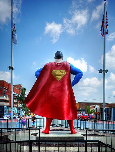 Superman-Statue-Metropolis-Illinois-back-photoby-James Jordan-cc