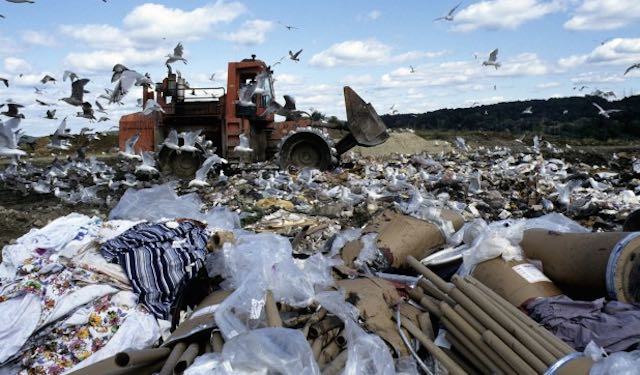 US-Landfill-UNPhoto-CC-Flickr