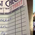 Waitress-picks-up-tab-KTVT-News-Video