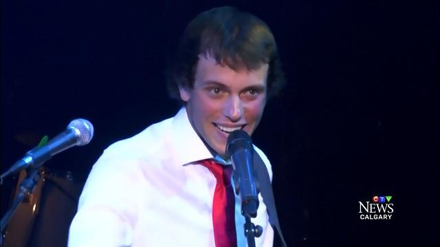 Christian Hudson singer donates homeless-CTV vid