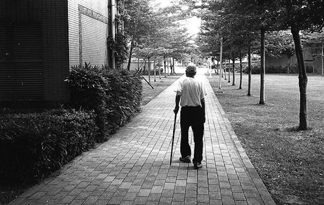 DJ-King-submitted-B+W black man walking with cane