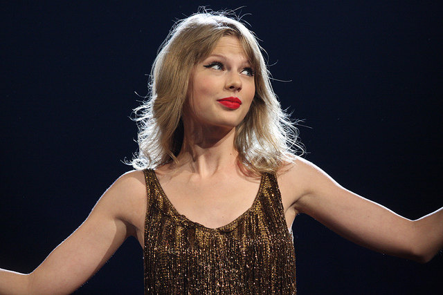 Taylor Swift - CC-Eva Rinaldi Celebrity and Live Music Photographer