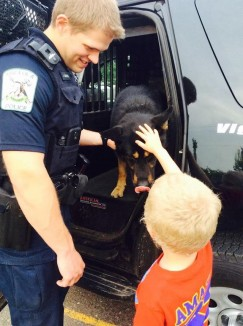 cop-k9-autism-boy-submitted