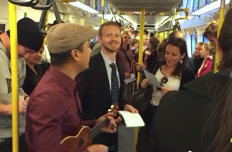 perth-train-singalong-youtube
