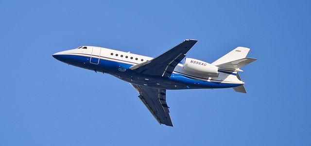 Dassault_Falcon_2000F cc skinnylawyer