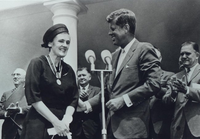 Frances Kelsey with JF Kennedy-FDA-Photo