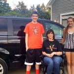 Michelle-Garn-family-van-Facebook-Garn-cropped