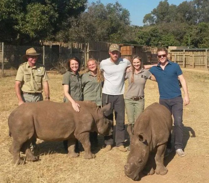 Prince Harry with Rhino workers-AfricanConservationExperience-FB-640px