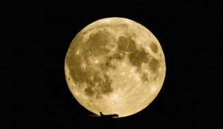 Moon and plane Screen Shot YouTube Thomas H