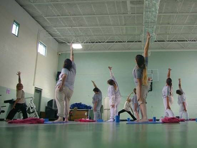 Prison Yoga women's class Laotong Yoga released