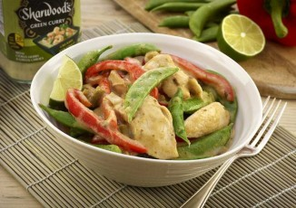 Thai Green Chicken Curry sharwoods submitted