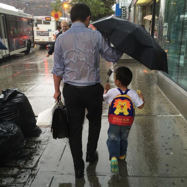 Umbrella Dad from Imgur