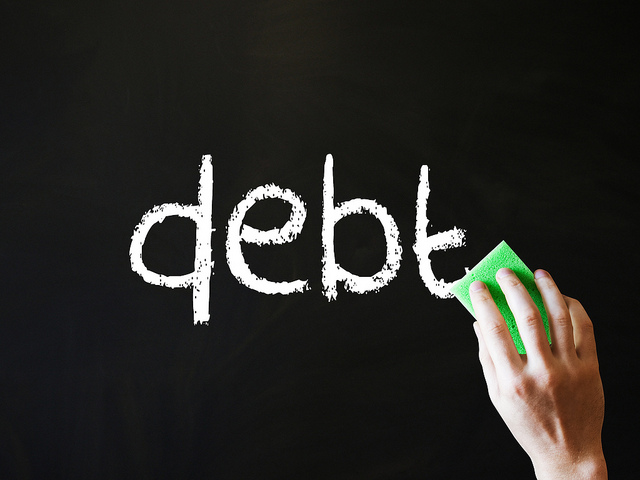 erase debt CC Images_of_Money